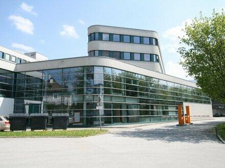 Büro-Ausstellung-Schauraum am nördlichen Stadtrand von Salzburg