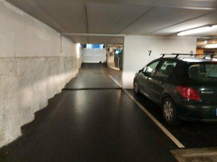 Optimale Parklösung Nähe U6