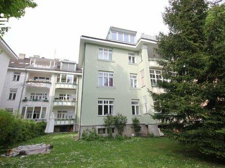 13. Hietzing, vermietete Altbauwohnung, ca. 140 m² 5 Zimmer, 2 Balkonen,