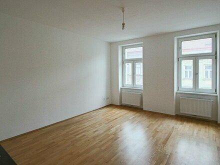 Moderne 3-Zimmer Wohnung in schönem Altbau!