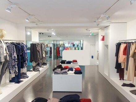 NEUBAUGASSE nähe Mariahilfer Straße! Modernes Geschäftslokal für Einzelhandel mit 138 m2 Fläche zu vergeben! Top Lage!