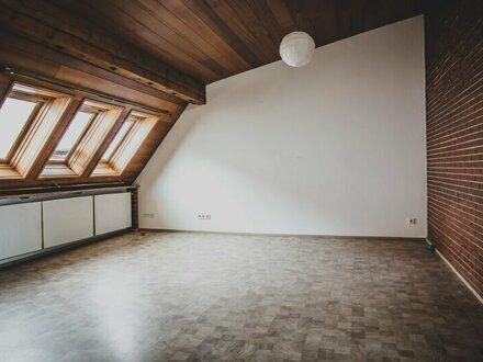 Zentrale 3-Zimmer-Dachgeschosswohnung Nähe Bahnhof