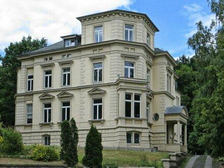 Stilvolle Villa mit 12 Zimmern in Döblinger Bestlage