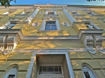 EUM - PENTHOUSE-RARITÄT zum BESTPREIS! Traumwohnung mit Loftcharakter und 100% Privatsphäre