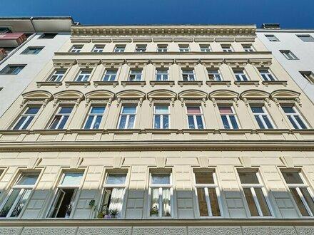 RARITÄT! Altbauwohnung mit Balkon