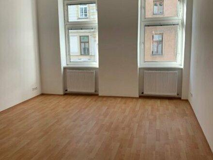 Nette 3-Zimmer Altbauwohnung!