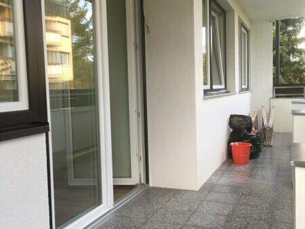 Geräumige 3 Zi.-Wohnung mit großem Balkon
