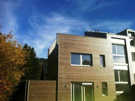 Coole, moderne Doppelhausvillla in Toplage Parsch mit Festungsblick