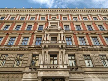 Luxuriöser Stil-Altbau! Großzügiger 3-Zimmer-Erstbezug mit zwei Balkonen nächst Stadtpark