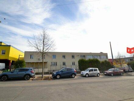 Betriebsliegenschaft mit zweigeschoßigem Bürohaus im Gewerbegebiet Oberlaa