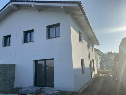 Neue Doppelhaushälfte in Ruhelage in Strasshof an der Nordbahn