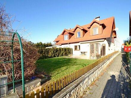 Behagliche 4 Zimmer Doppelhaushälfte mit Garten und Autoabstellplatz in wunderschöner Grünruhelage