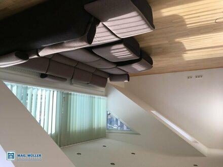 Großzügige 3 Zimmer- Dachgeschosswohnung in Sam