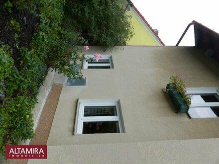 Das Neue Jahr startet, was bringt es Ihnen? Vielleicht Ihr Traumhaus ... mit sonnigem, völlig friedlichem Garten?