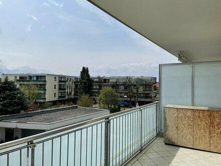 hell & freundlich - 2 Zimmerwohnung- große Sonnenterrasse- Salzburg Liefering