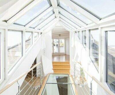 Spezielle DG-Wohnung mit Terrasse am Schwarzenbergplatz - unbefristet zu vermieten!