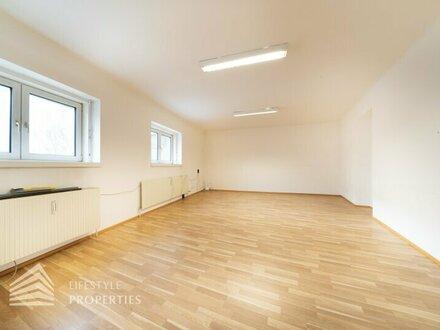 Außergewöhnliches 2-Zimmer Büro/Praxis, Nähe Landstraße