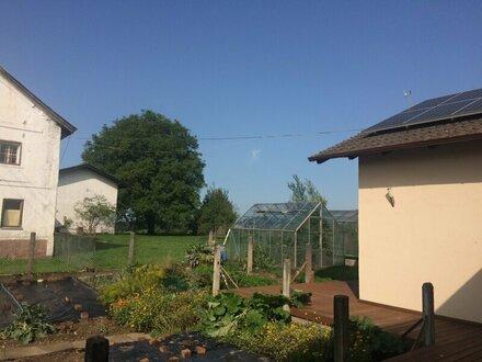 2-Zimmer-Wohnung mit Terrasse und kleinem Gartenanteil