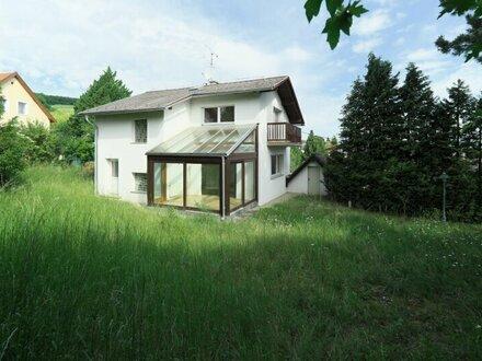 Klosterneuburg Villenlage Einfamilienhaus auf drei Etagen 192 m² NFL /666 m² Grund - Zubau mit mindestens 120 m² möglich
