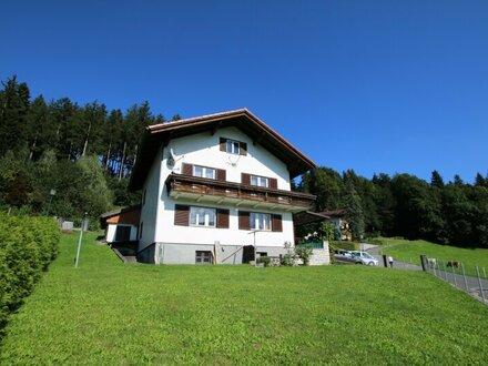 Ein- bis Zweifamilienhaus mit herrlichem Panoramablick