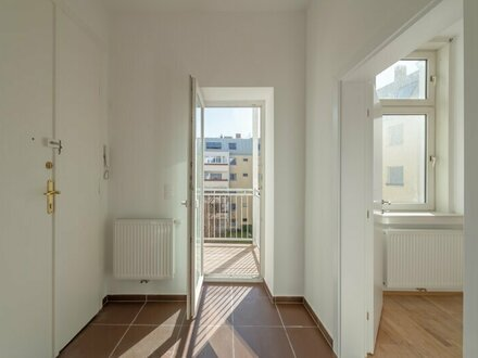 ++NEU** Familien/WG-Wohnung in ruhiger Lage mit Balkon!!