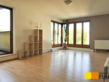 Jagdschlossgasse: Perfekte 2-Zimmer Wohnung mit kleiner Terrasse