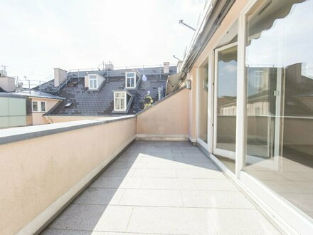 Traumhafte DG-Wohnung mit 3-Zimmern und Terrasse mitten am Josefsplatz zu vermieten!