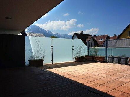 Gneis: 2,5-Zimmer-Dachgeschosswohnung mit großer Westterrasse in Ruhelage