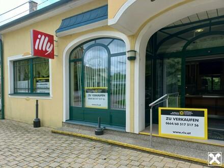 Gemütliches Café mit Gastgarten im Ortszentrum