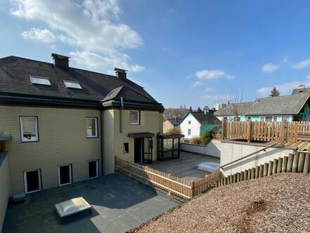Zinshaus mit Garage und Pool inmitten von Amstetten - Anleger aufgepasst!