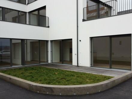 Viel Platz, Erstbezug, Terrasse, Garten, Küche & Bad - Luxus pur im Top 2 am Marktplatz 8 in WALLSEE!