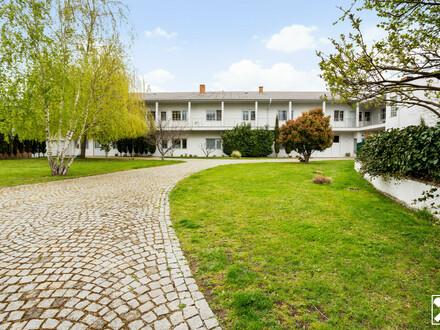 Sensationelle Gewerbeimmobilie mit privatem Wohnen in zentraler und ruhiger Lage mit Pool!