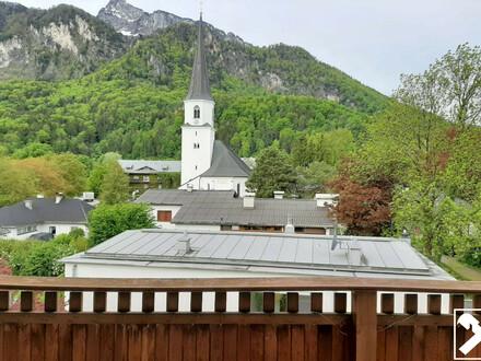 Großzügige Dachgeschosswohnung mit Rundumblick auf die Berge in Grödig