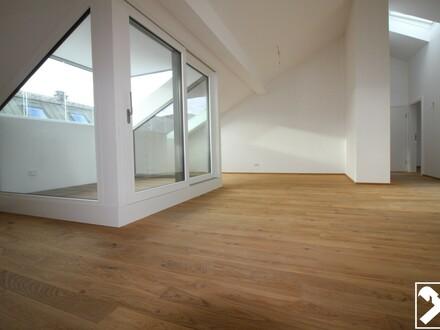Tolle Lage!! Exklusive 4-Zimmer-Dachgeschoss-Wohnung im Andräviertel zu vermieten