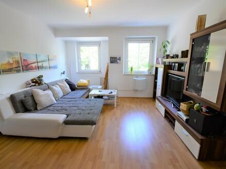Top 33: Praktisch aufgeteilte 3-Zimmer-Wohnung im Stockhofviertel (WG-geeignet)