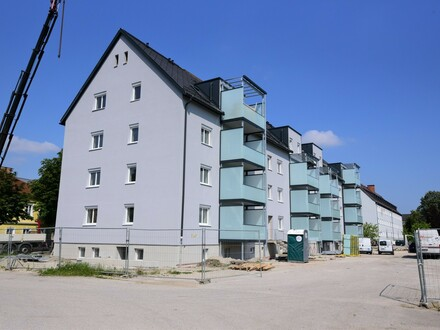 Top 632/Franz-Fritsch-Str. 6: Erstbezug-großzügige 4-Zimmer-Dachgeschoßwohnung mit großem Balkon!