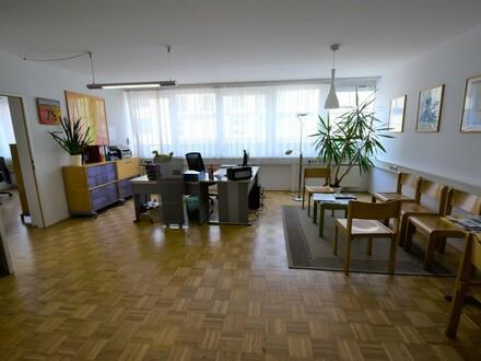 Top 209/210, Peuerbachstraße 2: Zentral in Urfahr gelegene Büro-/Praxisräumlichkeiten