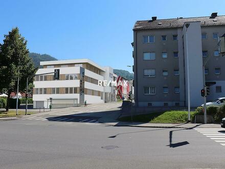 Top 2 - attraktives Geschäftslokal im Kirchdorfer Stadtzentrum direkt an der B138