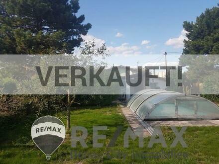 """""""Eigengrund mit Kleingartenhaus und Pool """""""