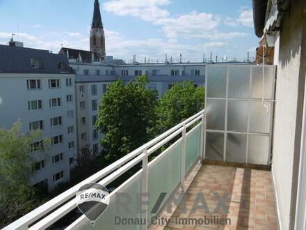 """""""Sonnige Dachgeschosswohnung mit 2 Terrassen!"""""""
