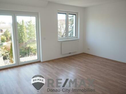 Neubau/Erstbezug und sanierter Altau mit neuer Küche!