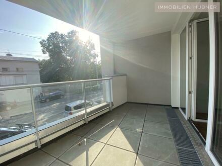 ERSTBEZUG - 15m² Terrasse UND 7m² Loggia! PROVISIONSFREI für Anleger und Eigennutzer