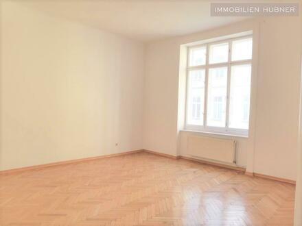 ART DECO!!! Hofseitige, ruhige Altbauwohnung mit 6,5m² Balkon