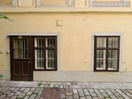 Lager / Büro / Werkstätte / Geschäft - im Innenhof des Palais Collalto