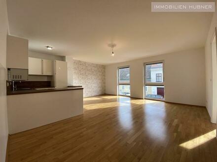 Moderne 3-Zimmer-Neubauwohnung mit Balkon und Garagenplatz
