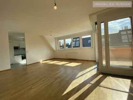 18,63m² Terrassenfläche auf Wohnebene UND 48m² Dachterrasse!