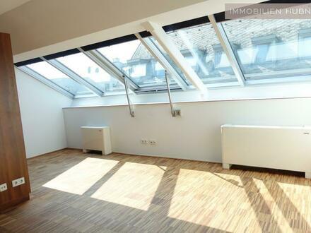 UNBEFRISTET!!! Top-moderne DG-Wohnung mit Klima in Zentrumsnähe!!