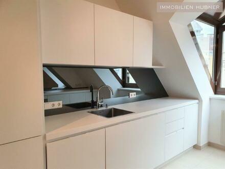 Moderne 5-Zimmer DG-Wohnung: Gumpendorfer Straße (nagelneue Designerküche)