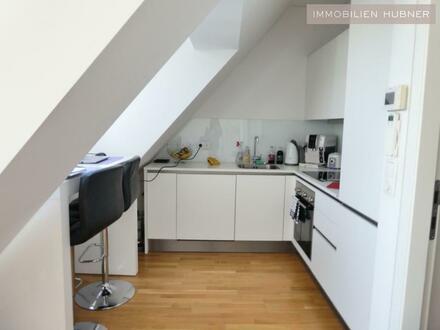 Super-schicke DG-Wohnung mit toller Ausstattung