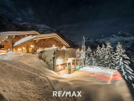 OVER THE TOP Bergrestaurant / Ski Hütte